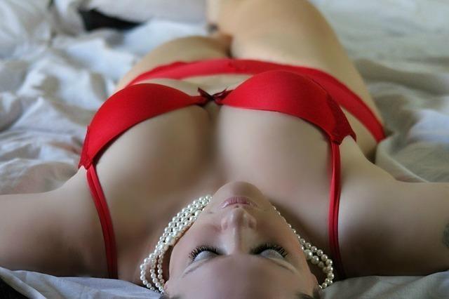 girl-254708_640.jpg